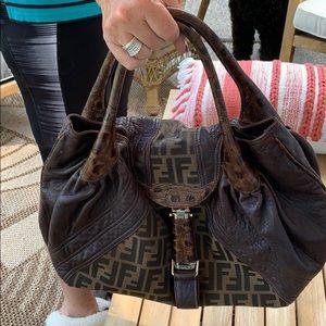 Fendi baulotto spy grande bag
